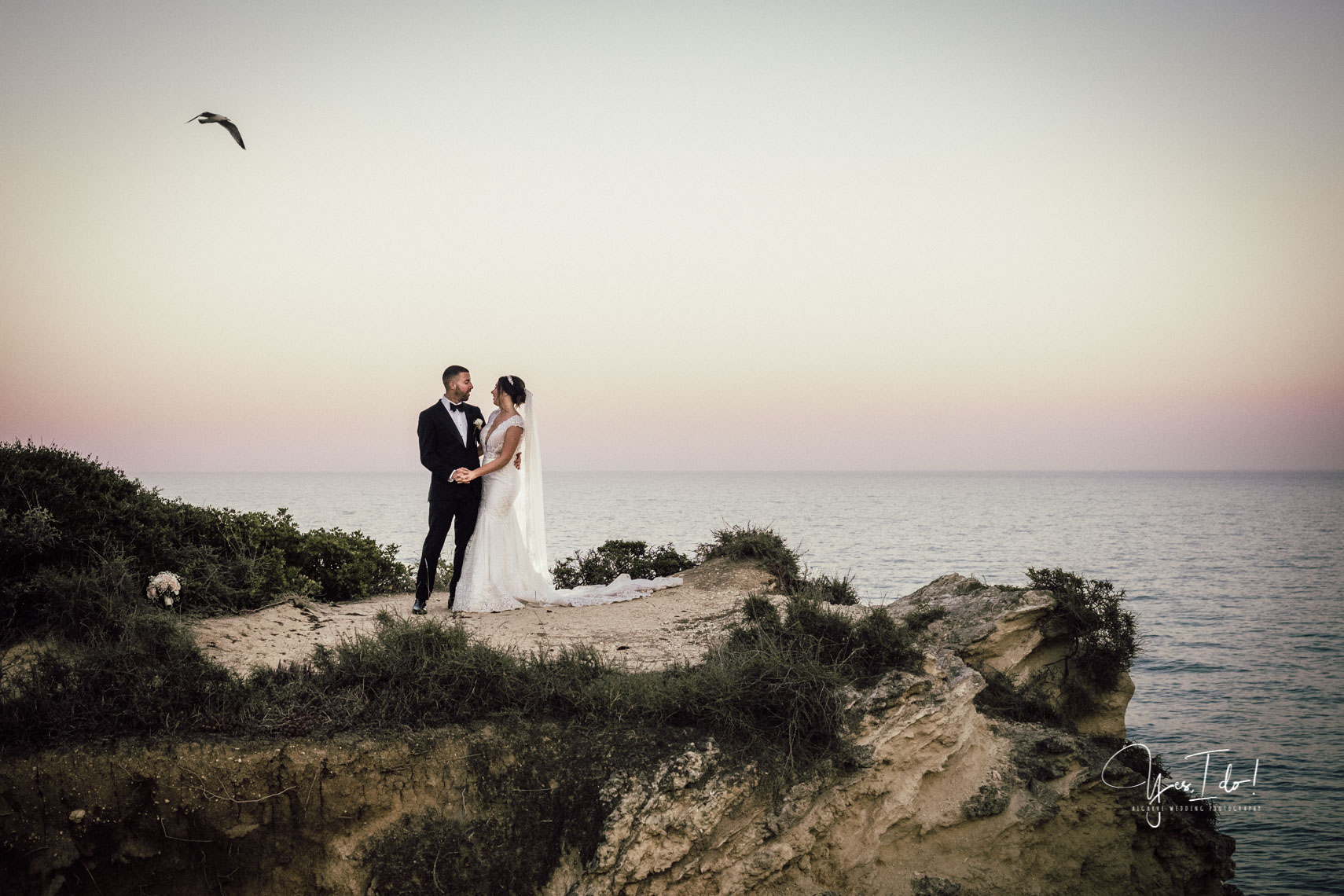 Yes, I do ! Algarve Wedding Photography
